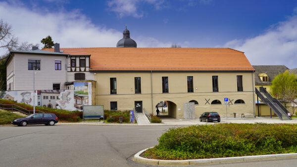 Lutherstadt Eisleben - Alte Malzscheune im Frühling