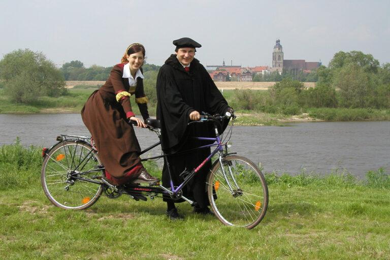 Luther Auf Fahrrad