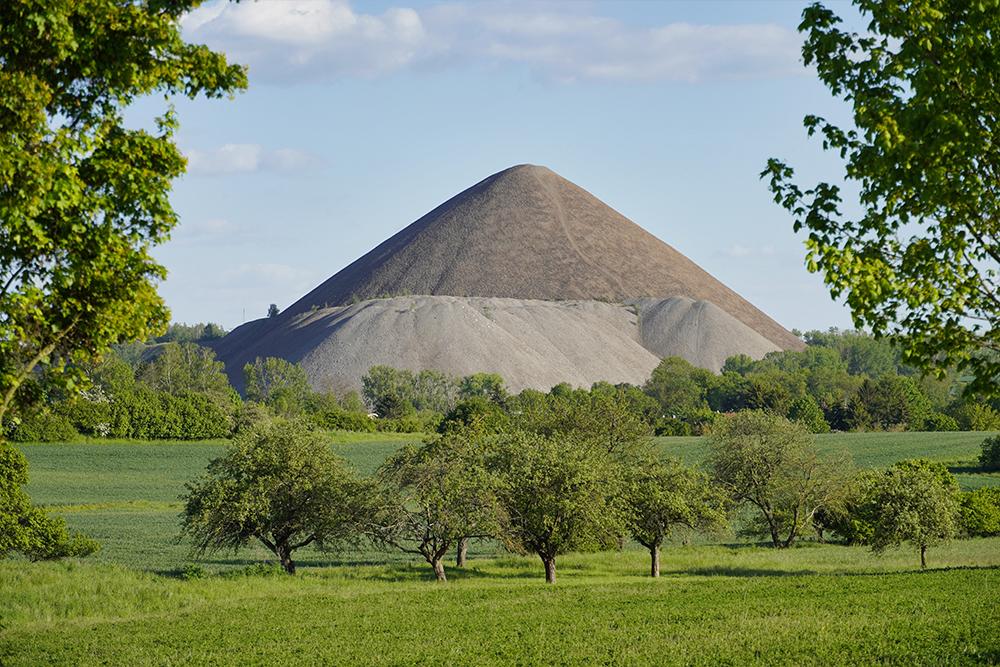 Pyramiden des Mansfelder Landes - Volkstedt - Fortschrittschacht