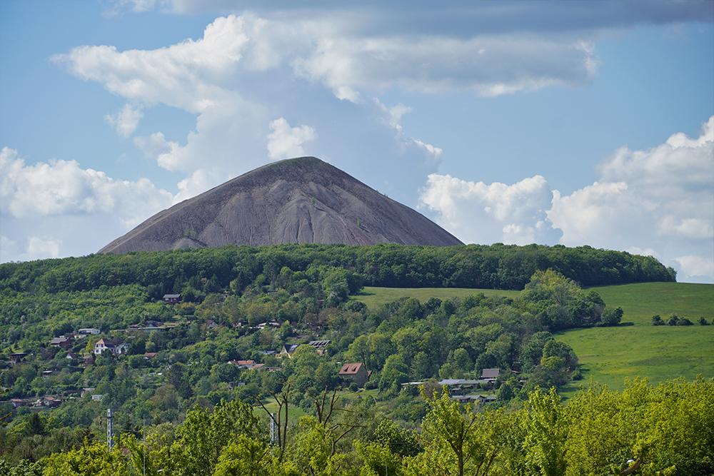 Pyramiden des Mansfelder Landes - Sangerhausen - Hohe Linde